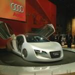 2004-Audi-RSQ-Concept-Show-Pedestal-1024x768