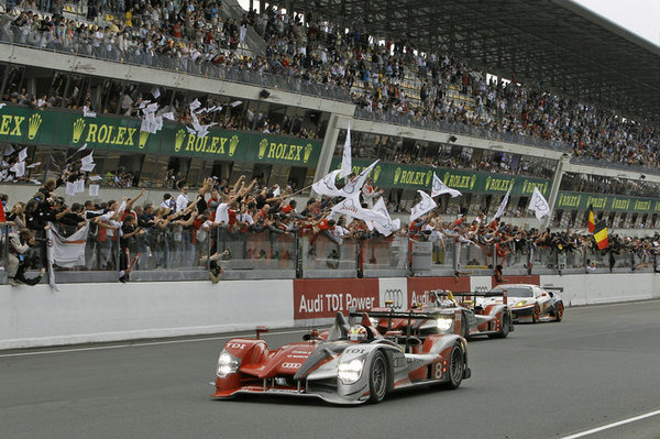 audi-sweeps-podium-a_600x0w